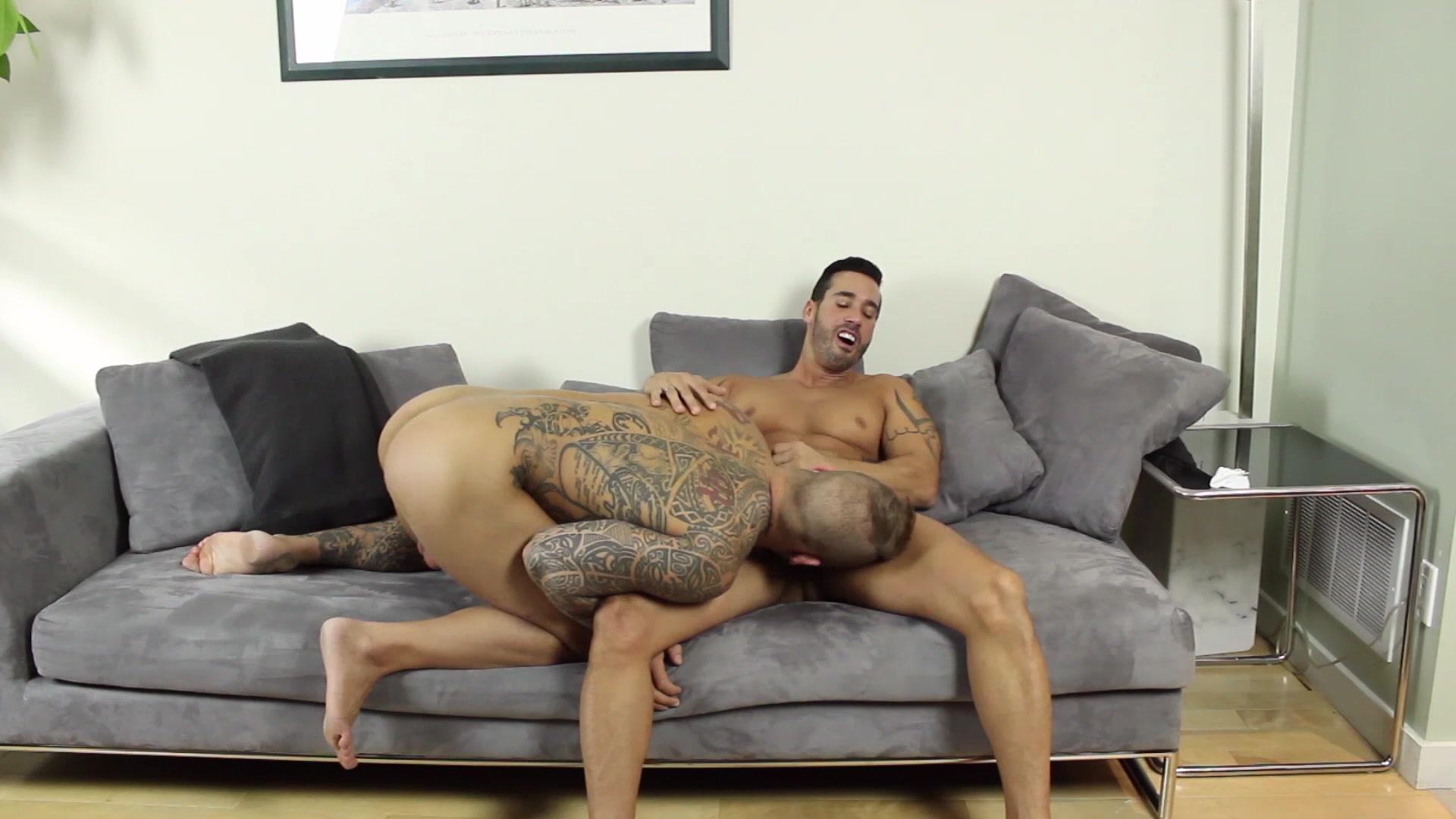 Musclebear montreal gay porn