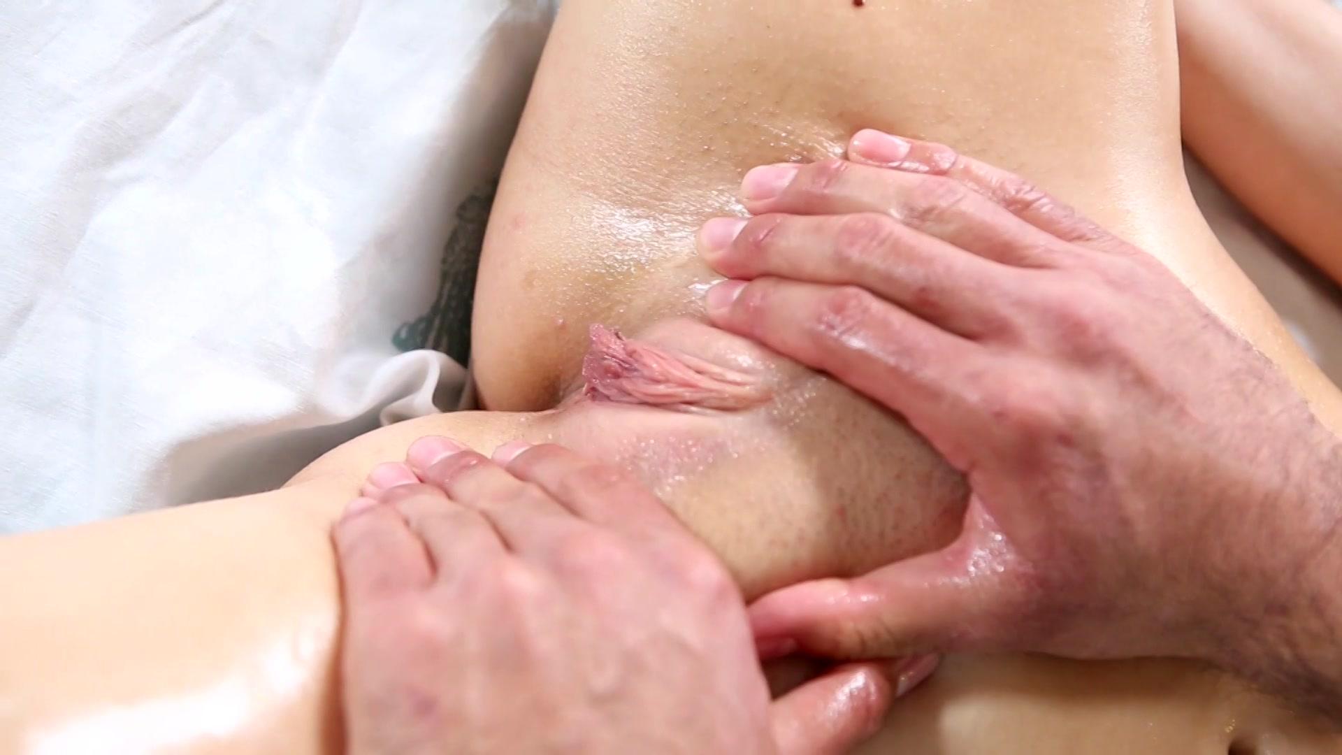 Clitoral massage photo bondage