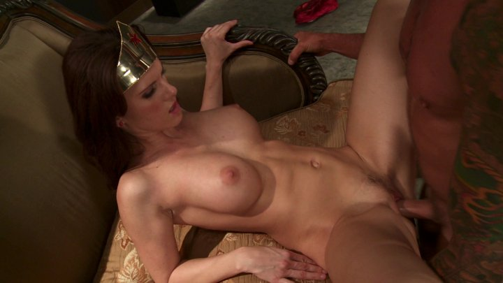 Streaming porn video still #2 from Katwoman XXX