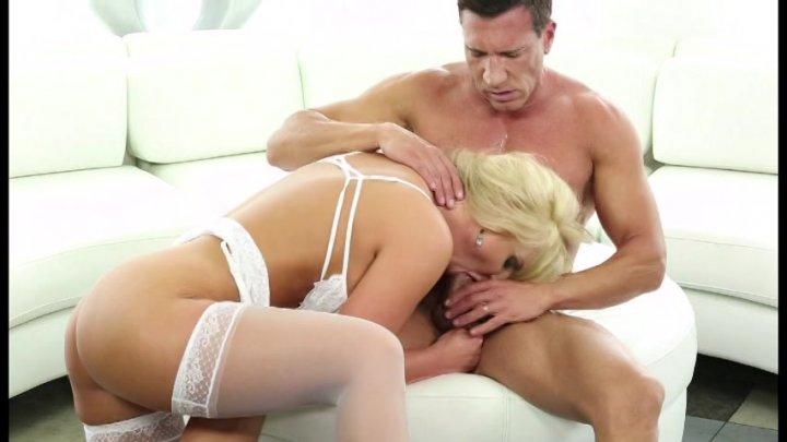blonde dude gets huge cock up the pooper 3