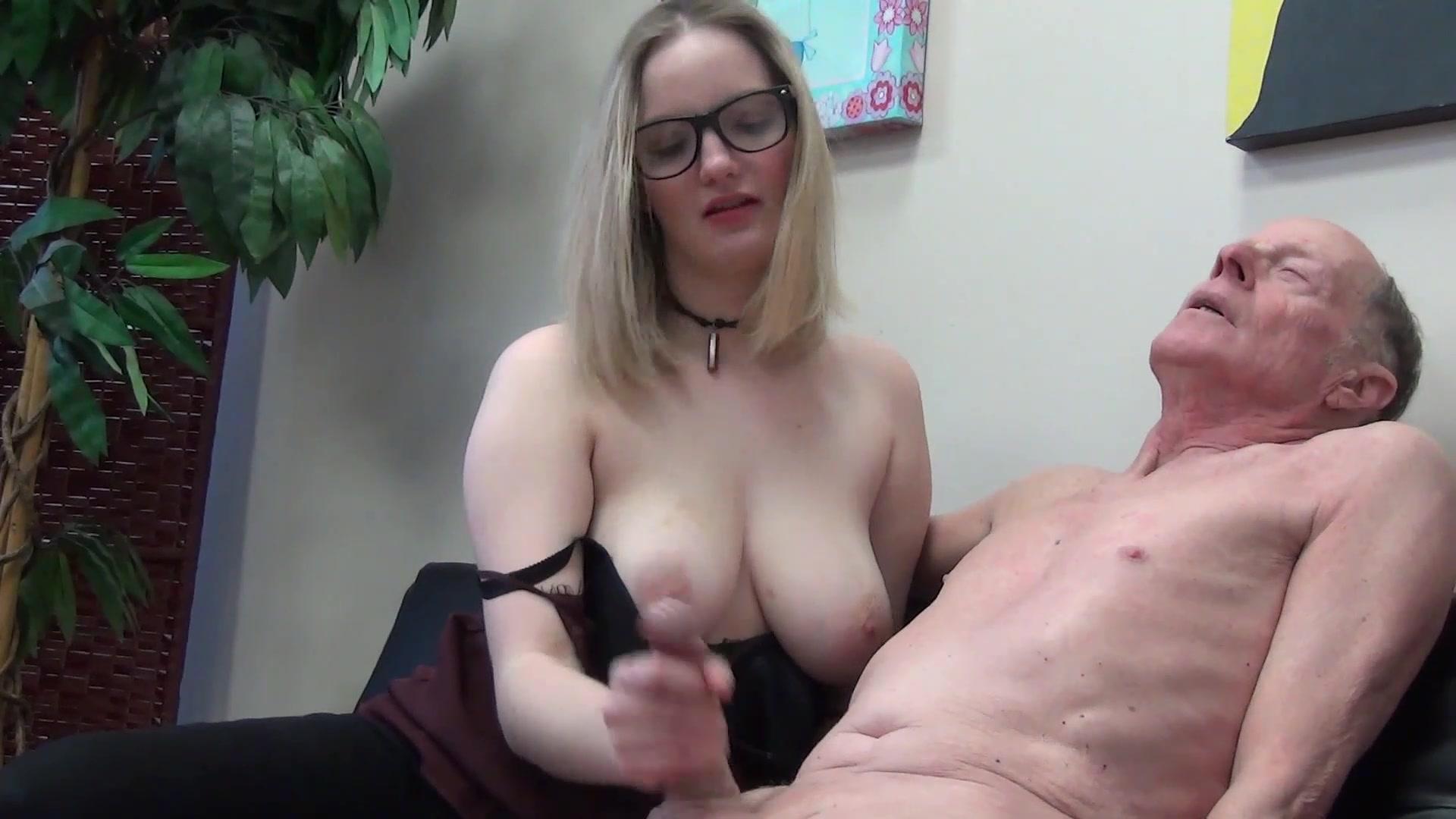 Jerky Girls Big Young Tits XXX Premium Manyvids Porn Pics