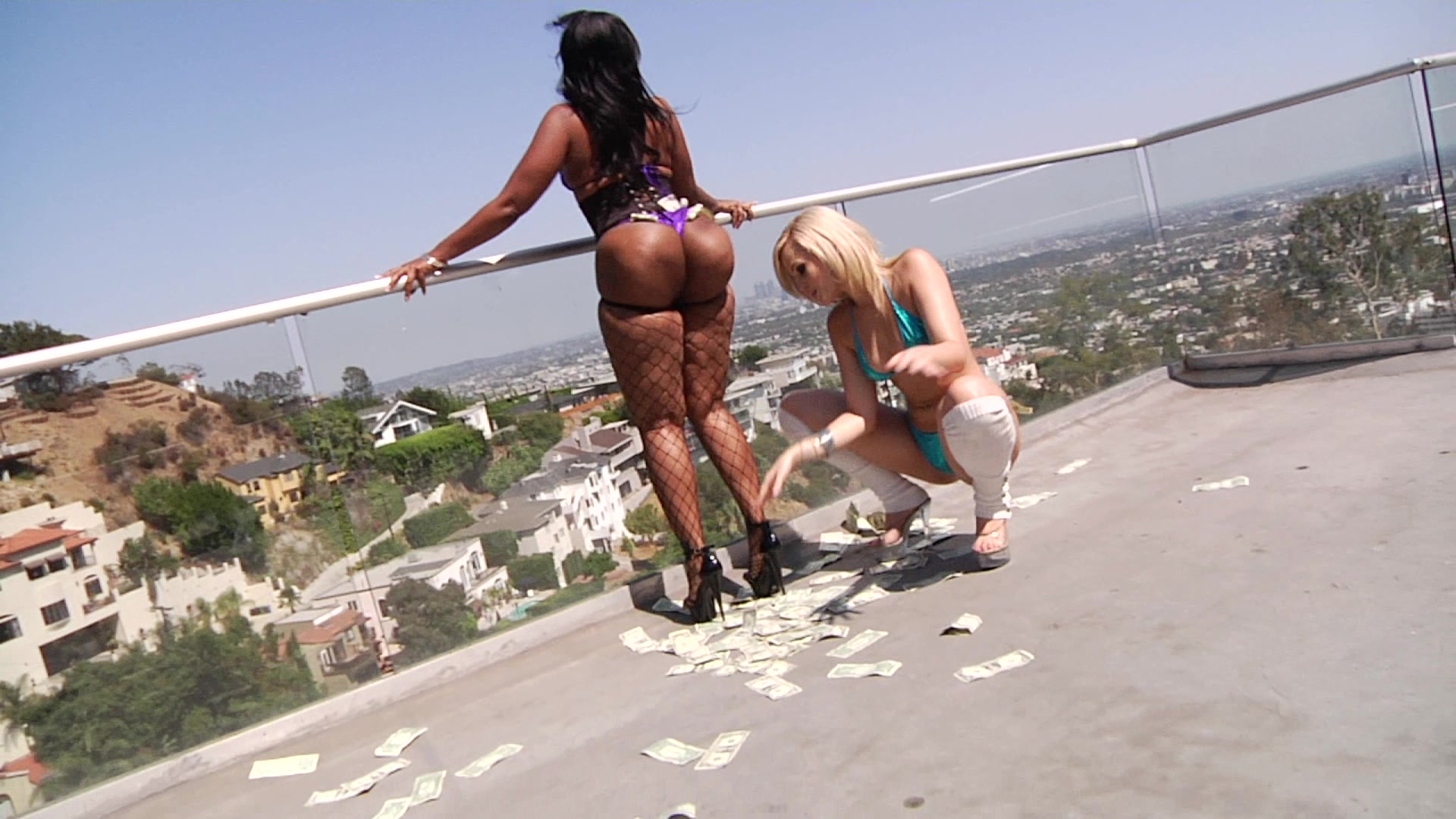 Alexis Texas Is Buttwoman With Gianna