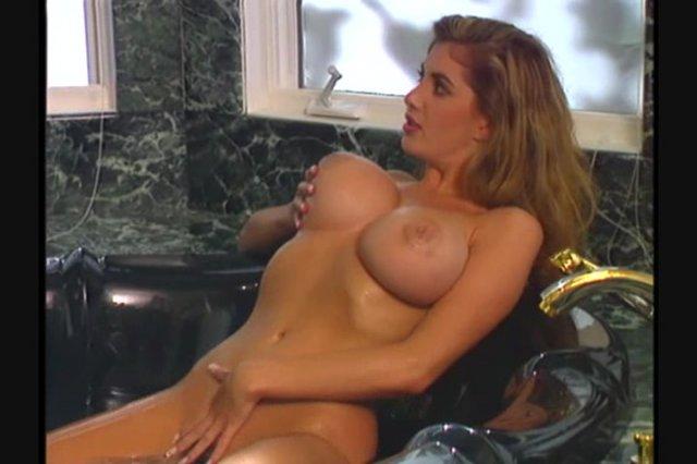 Streaming porn video still #5 from Pussyman 4: A Celebration