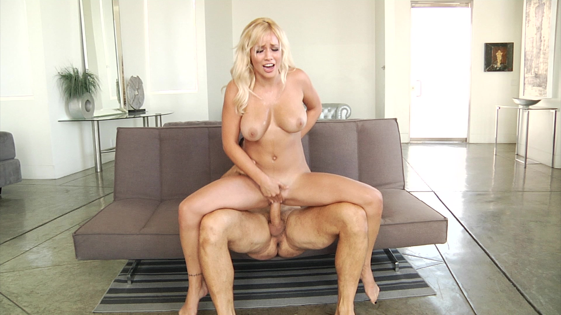 Kylie milf humiliation — pic 1