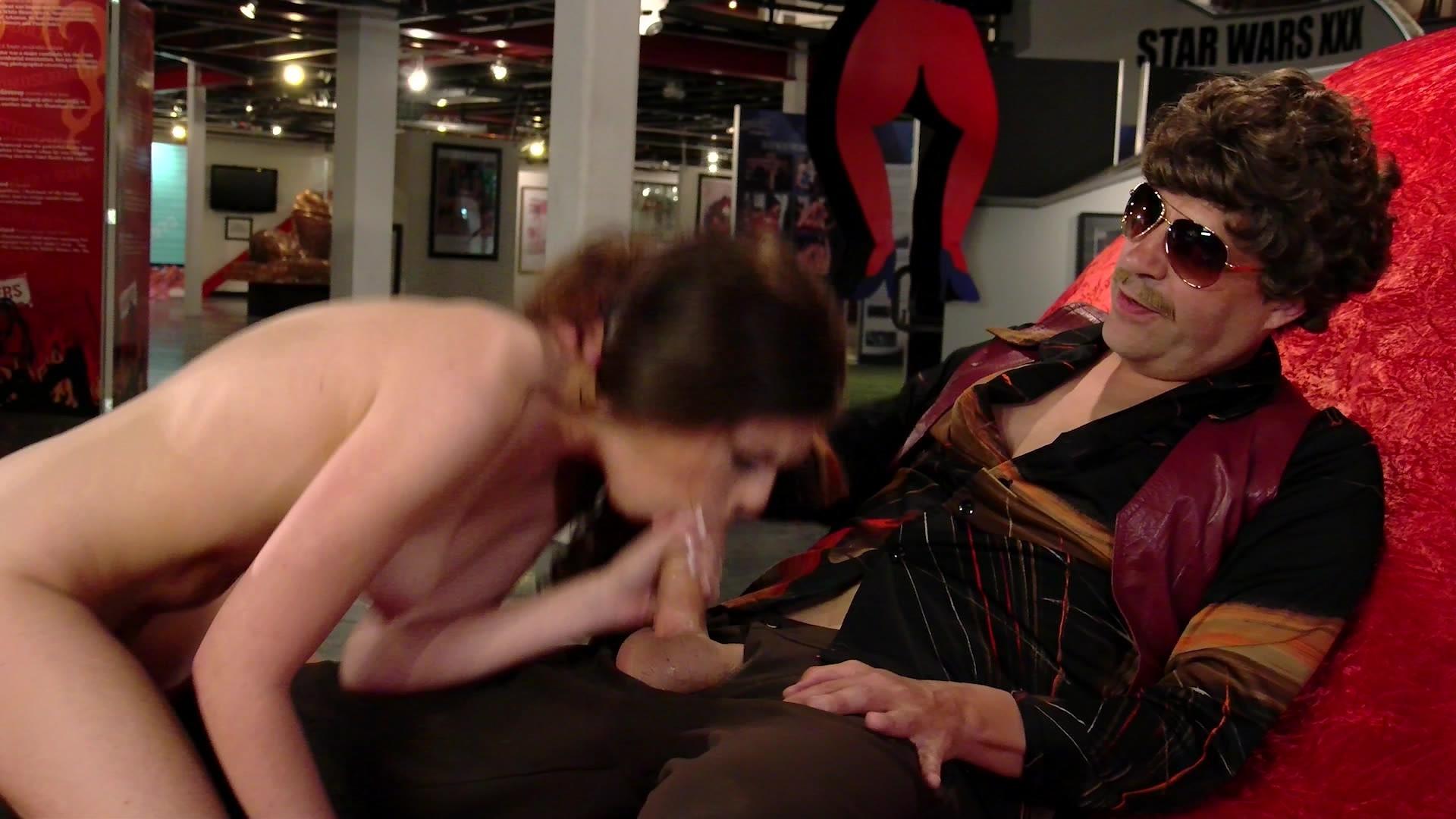 Ночь в музее порно видео #6