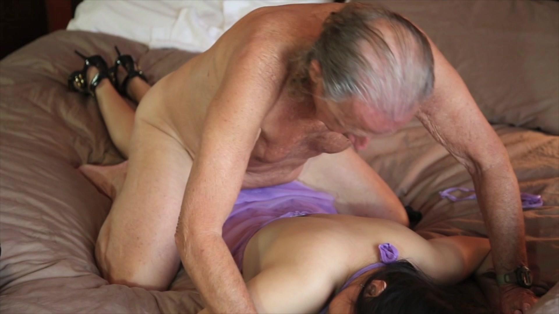 sleeping-cuties-and-old-mens-naked-girls-in-mesa-az
