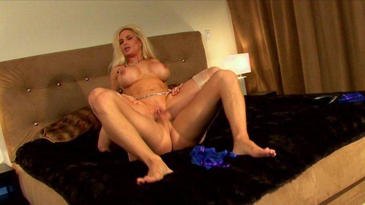 Streaming porn video still #1 from Fan Favorite: Hot Milfs