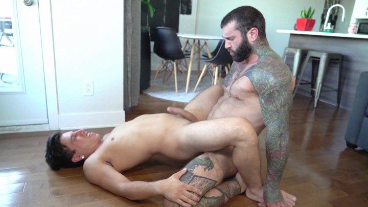 Streaming porn video still #4 from Dad Creep 3
