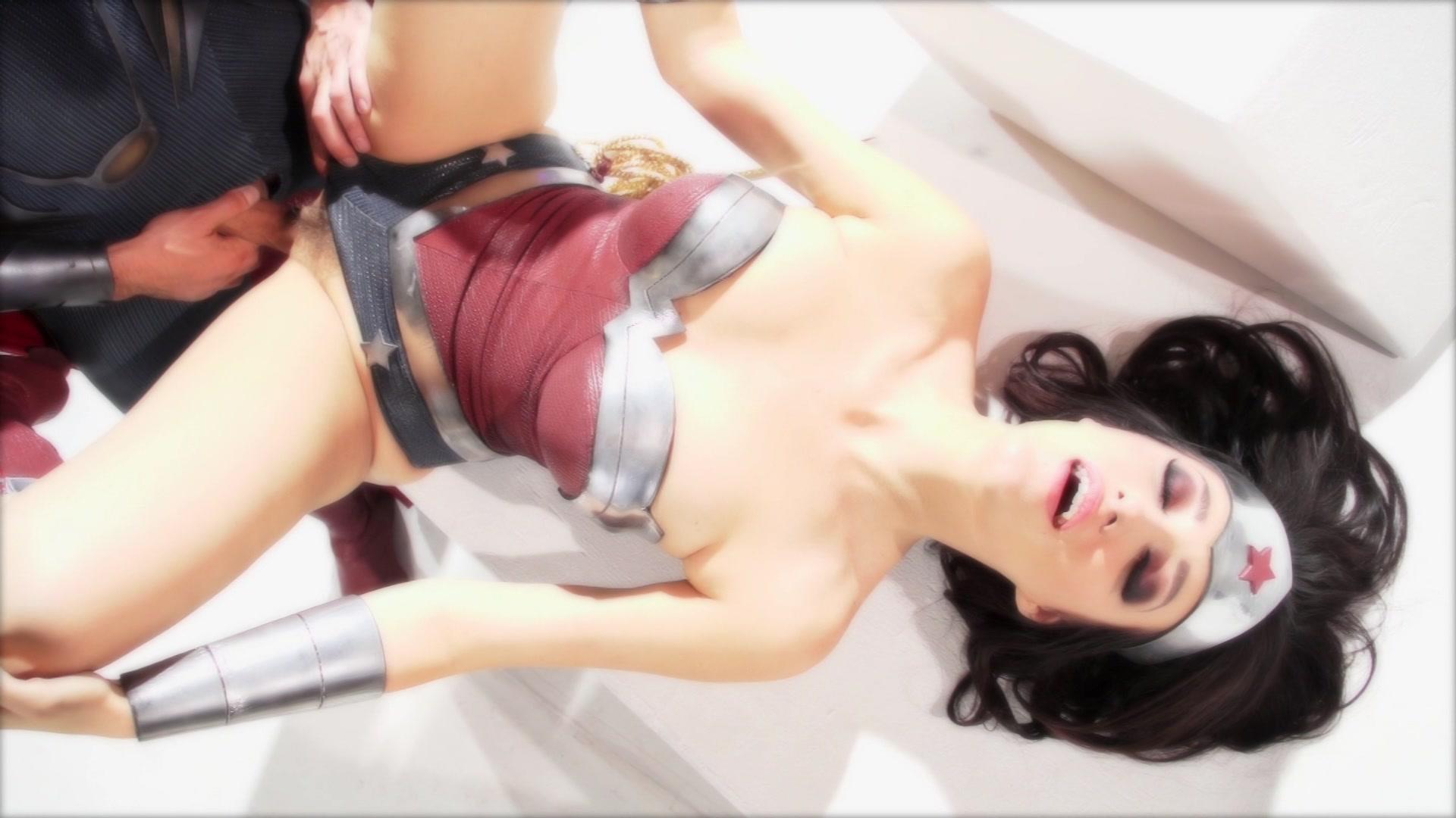 Wonder Woman Xxx An Axel Braun Parody 2015  Adult Empire-4244