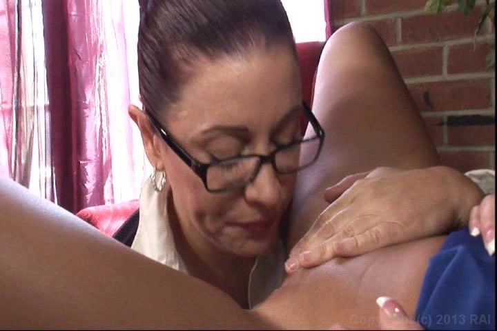 Mature latina big tits