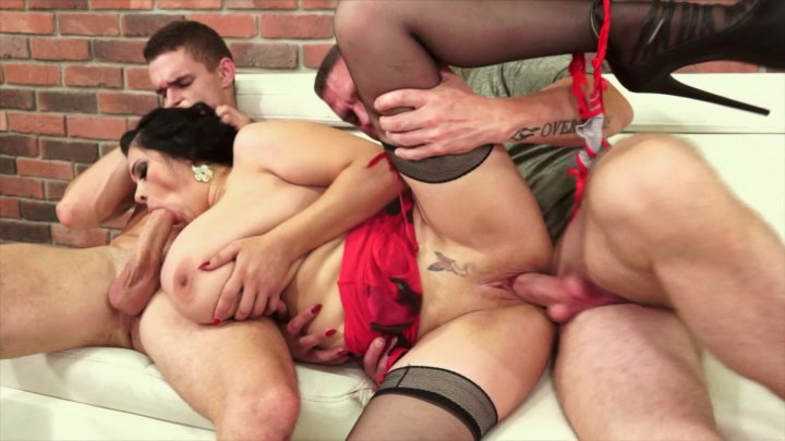 Streaming porn video still #1 from Score Threesomes Hardcut 3