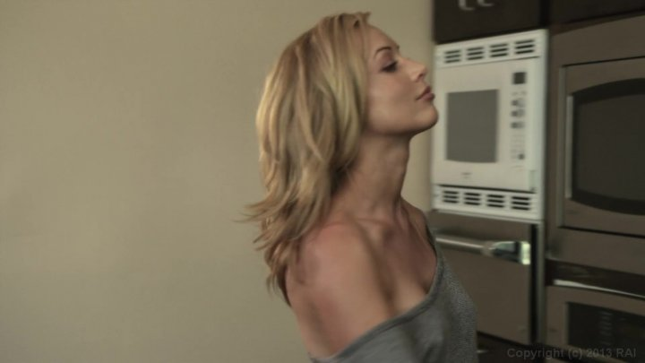 Streaming porn video still #2 from Mothers & Daughters