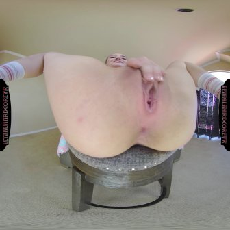 My Babysitter Has a Bubble Butt video capture Image