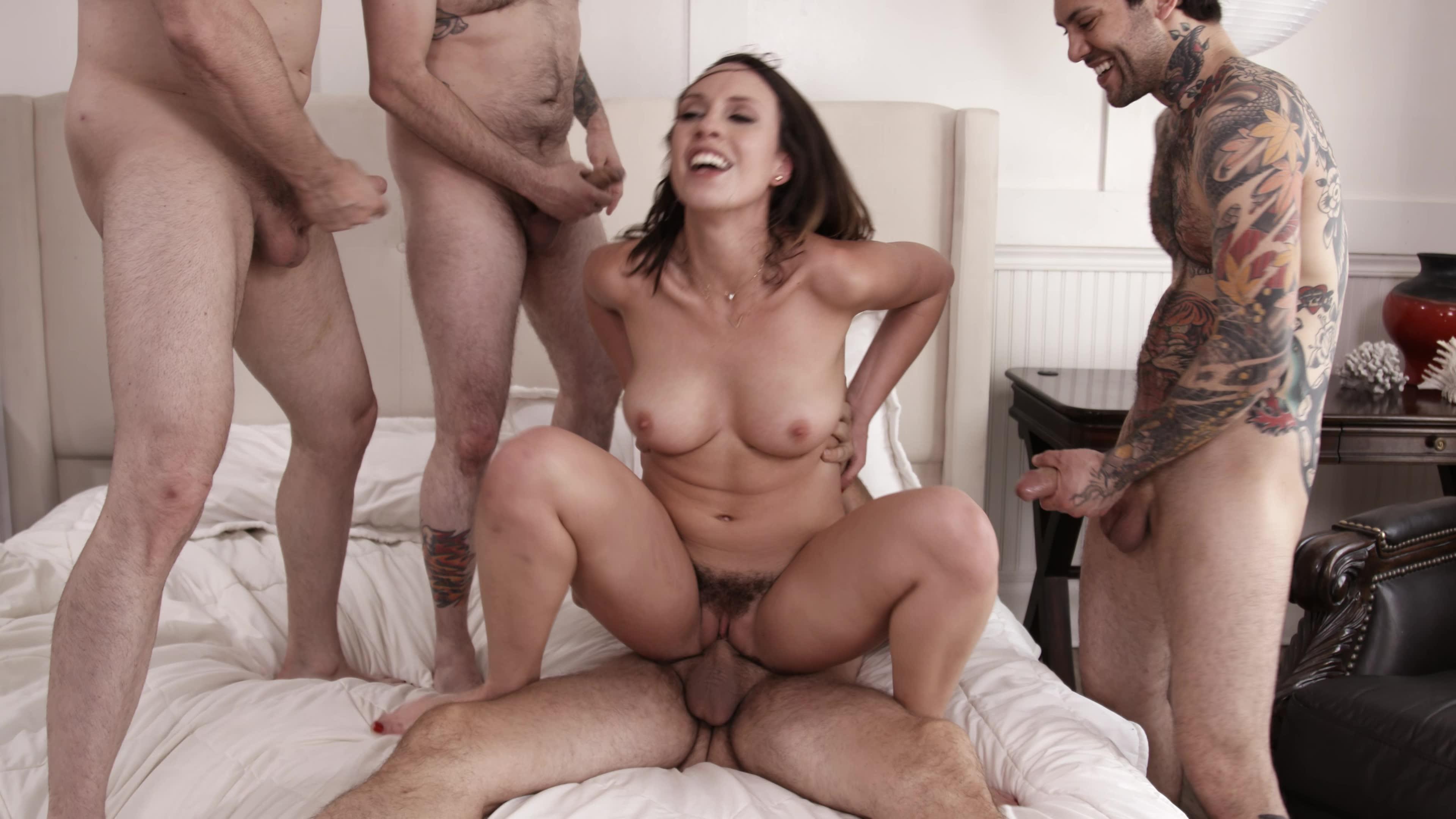Порно вудман ебет чужую жену при муже