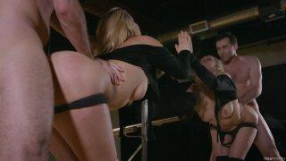Streaming porn video still #3 from Swan Of Sorrow