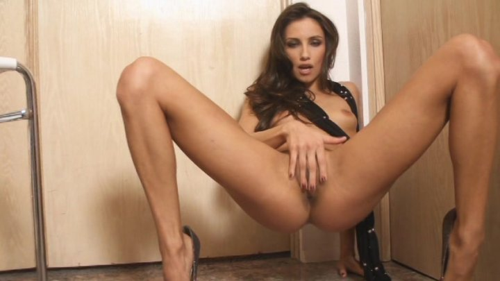 Streaming porn video still #1 from All Natural Glamour Solos 4