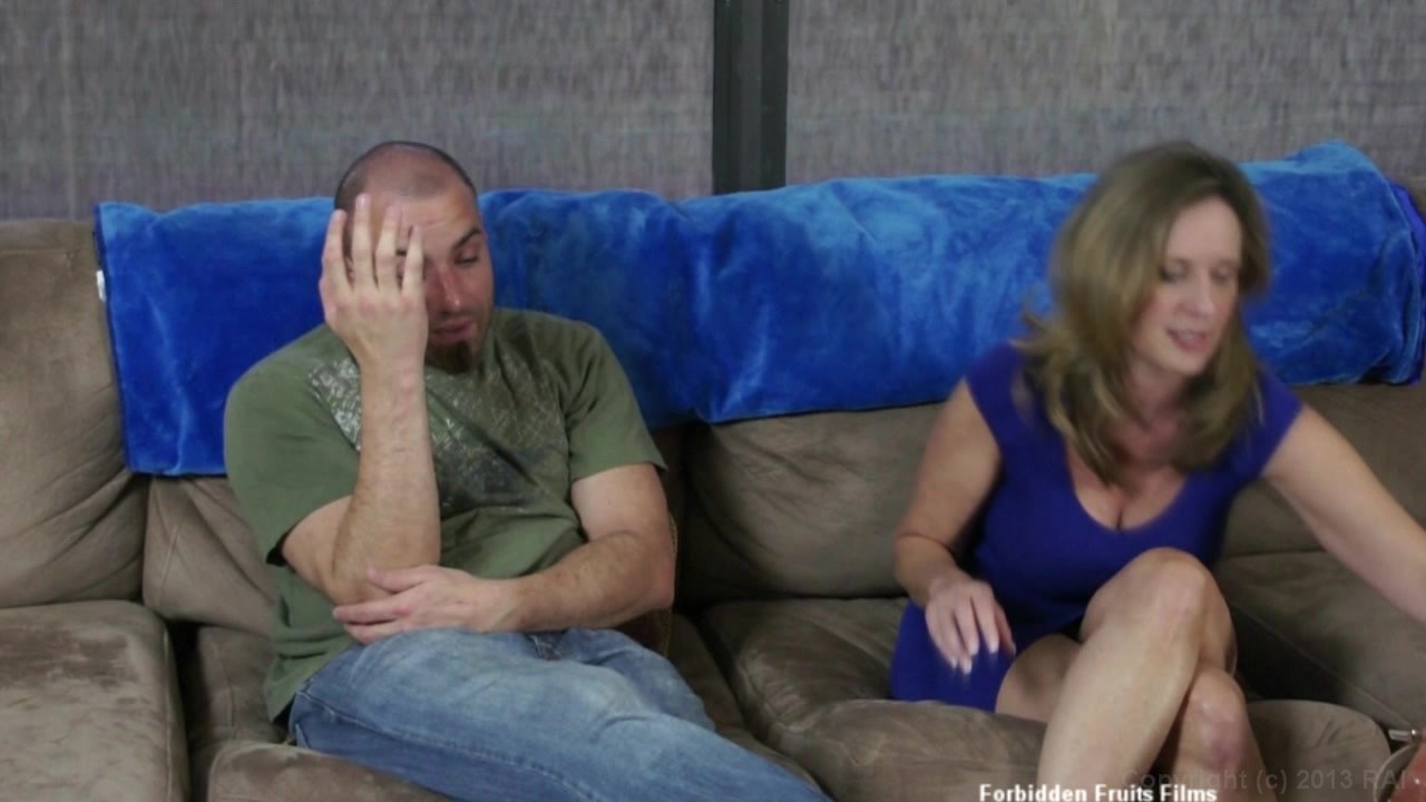 Hot fuck session at couch