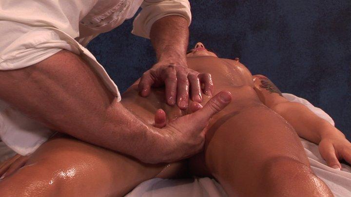 nina-porno-malibu-massazh