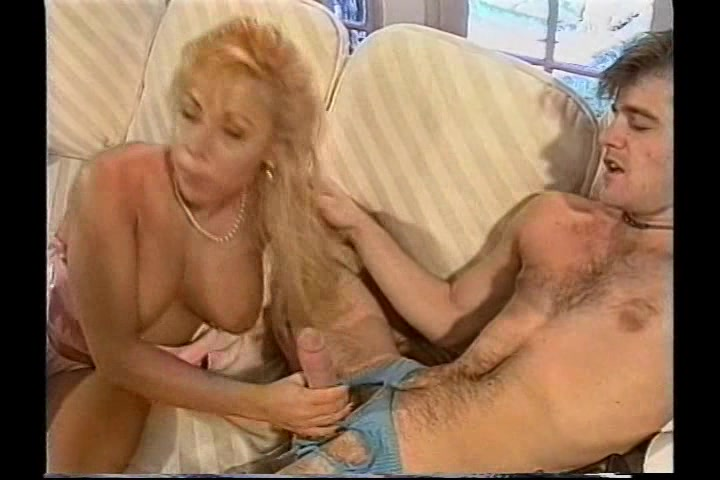 Titanic toni nude taking cock