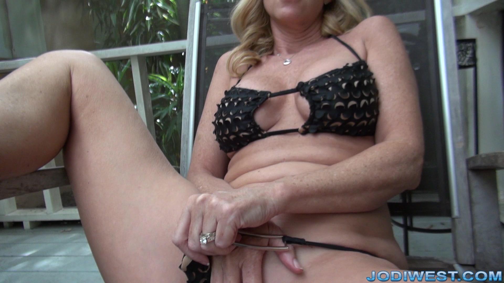 Female masturbation caught in the act