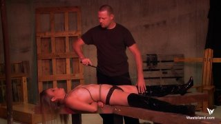 Streaming porn video still #5 from Dominating Daisy Layne