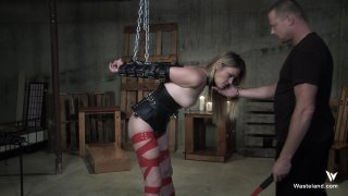 Streaming porn video still #7 from Dominating Daisy Layne