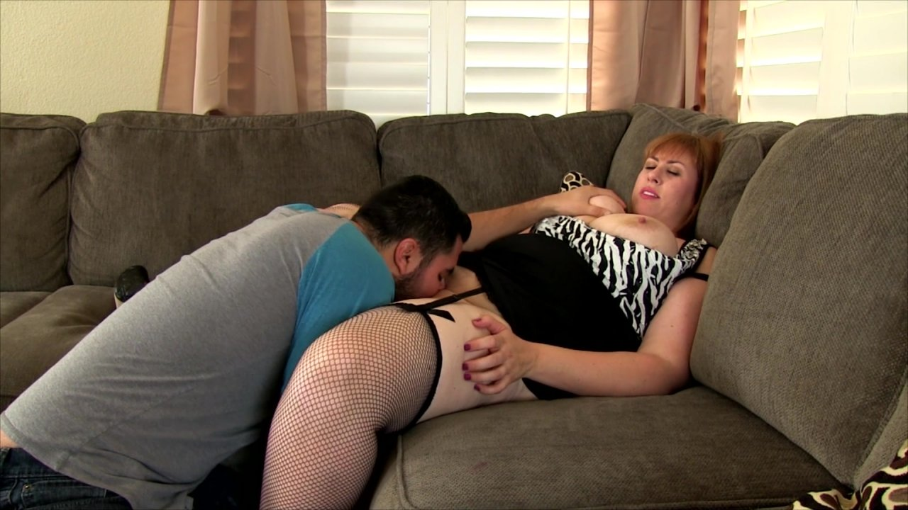 Bbw eliza allure plays with a cock before getting fucked 10