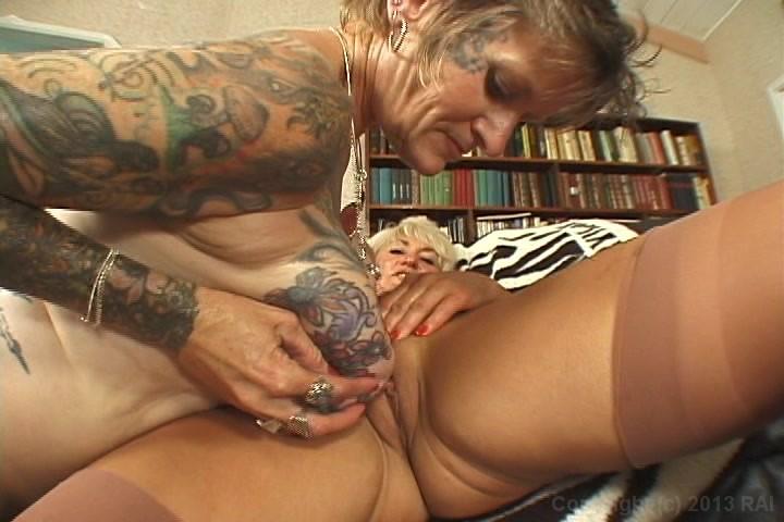 tattooed-granny-fucking