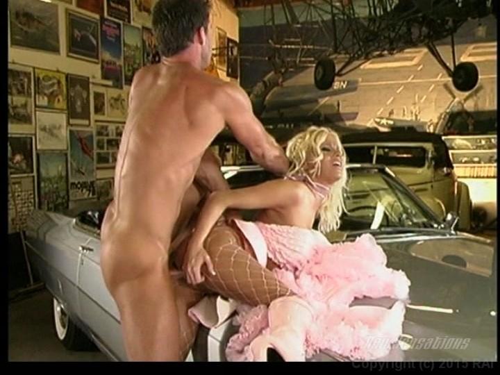 porno-v-garazhe-guvernantku