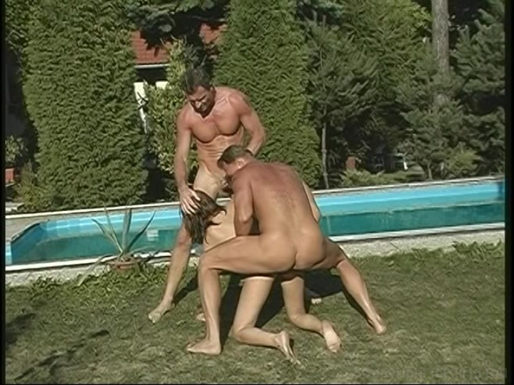 Cytherea creampie anale