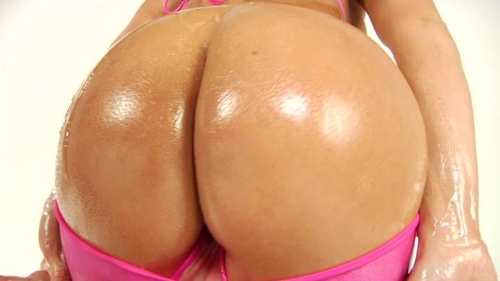 Nikki sexx big wet asses