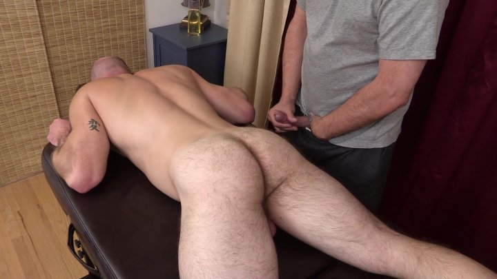 Streaming porn video still #1 from Muscle Bear Rubdown