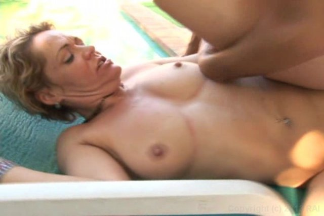 Streaming porn video still #1 from Fantastic Squirters #5