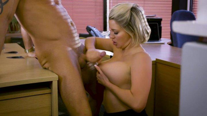 Streaming porn video still #1 from Un Americana a Londra