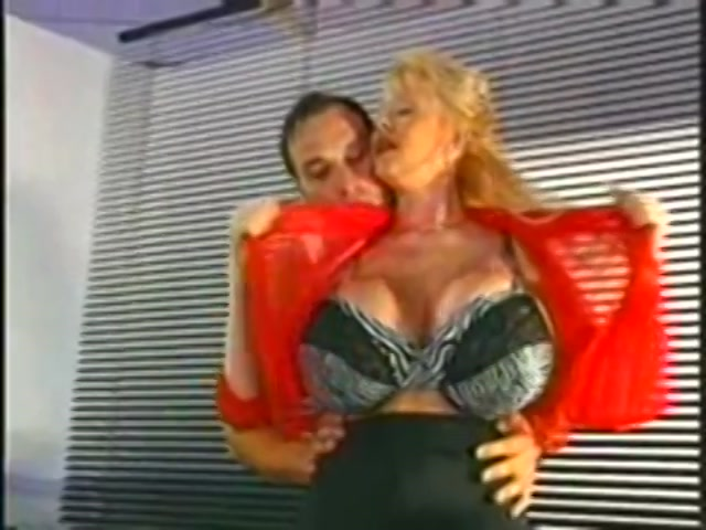 Busty Conquests Of Kayla Kleevage 1999  Adult Dvd Empire-5295
