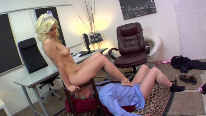 Streaming porn video still #1 from Face Sitting Tales #2