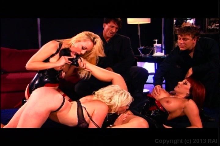 2009 celeb nude scenes