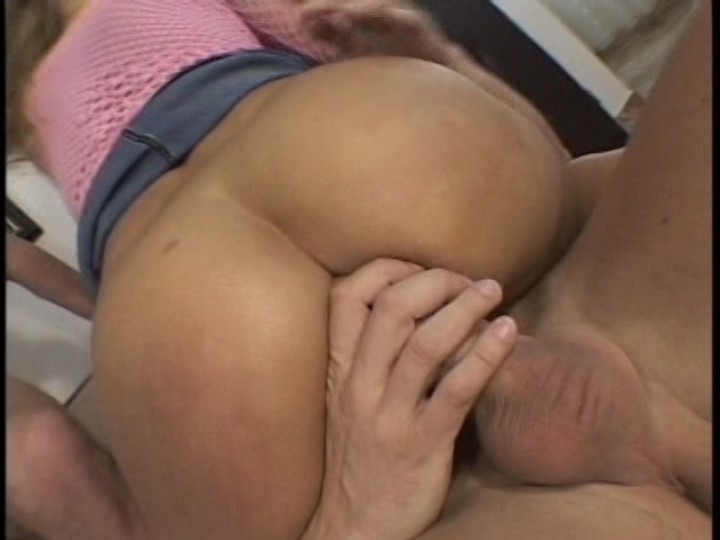 Mature average mom fucks a virgin