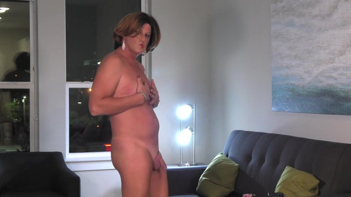 Streaming porn video still #5 from TGirl 40