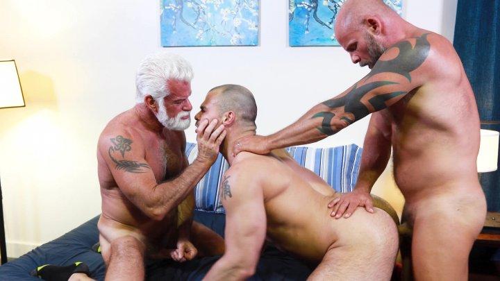 Streaming porn video still #1 from Bear Den, The