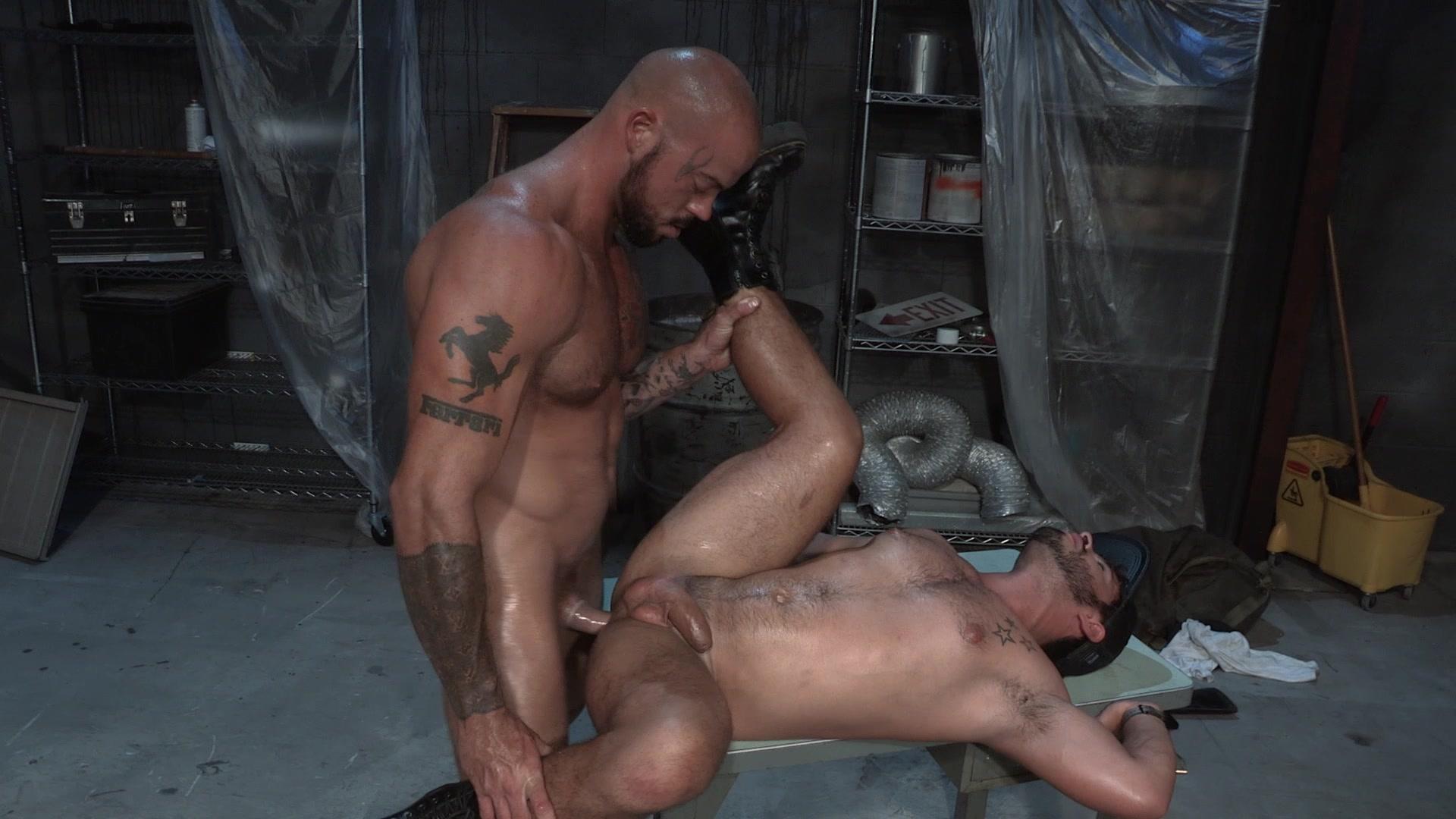 Gay wasteland porn