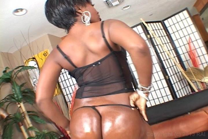 2 big booty black girls