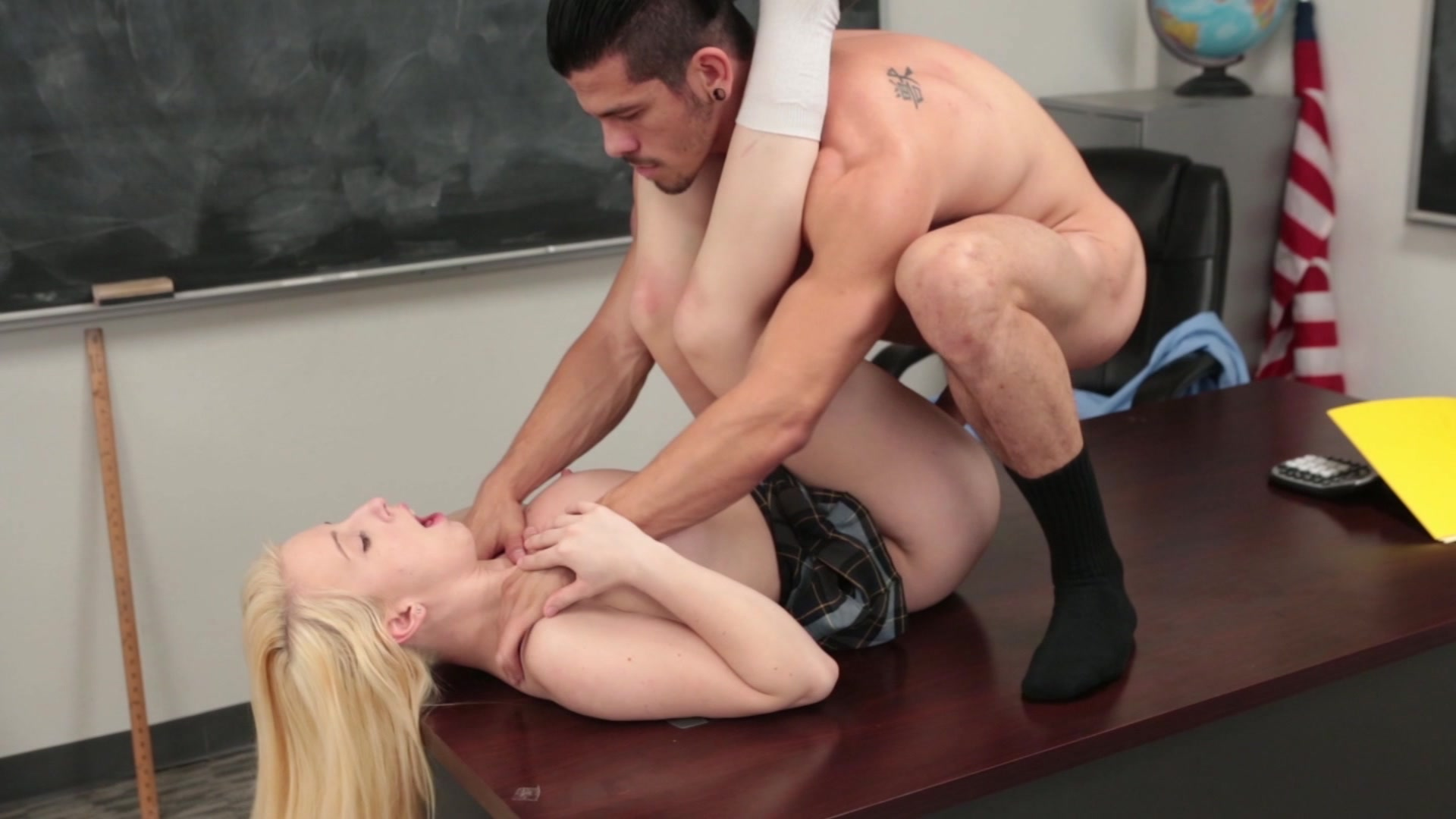 Babe Today My First Sex Teacher Jezebel Jones Charming Housewifes Trailer Mobile Porn Pics