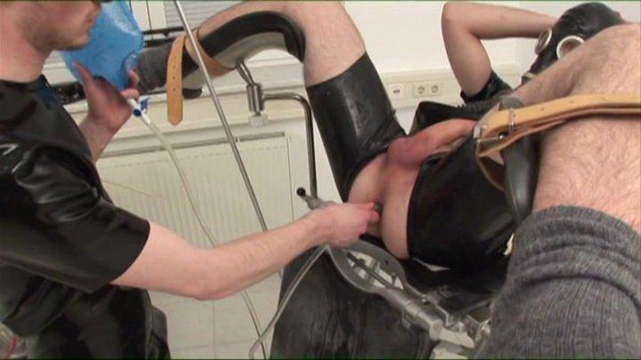 Streaming porn video still #2 from Rubber Lover