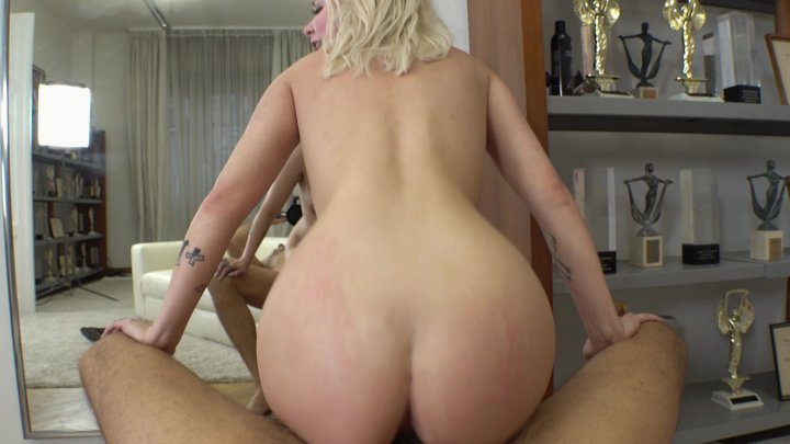 Streaming porn video still #1 from Rocco's Intimate Castings #37