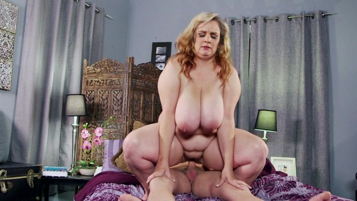 Streaming porn video still #3 from Thick Chicks On Dicks Hardcut 4