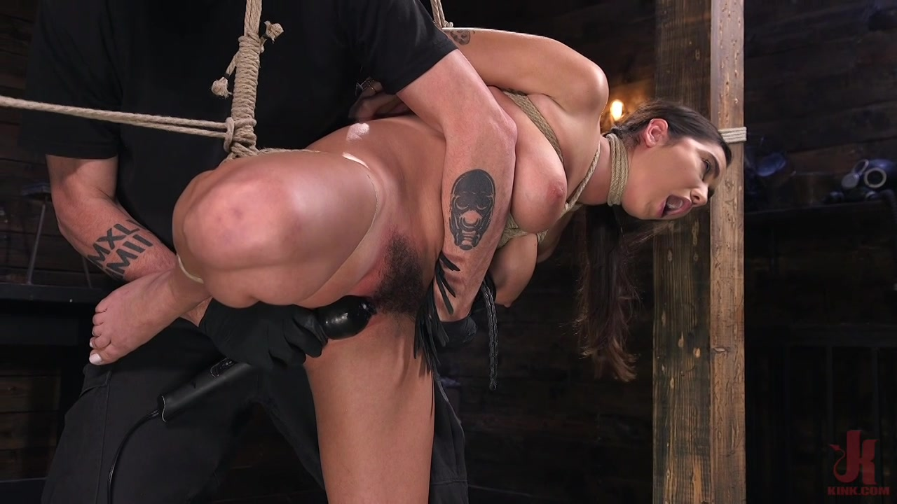 xxx pics Lick own sperm out of her