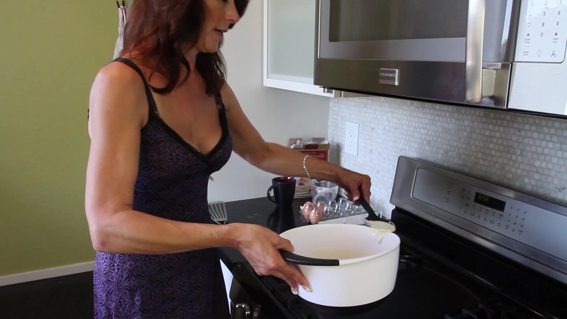 Italian stripper housewife