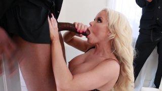 Streaming porn video still #2 from Nikki