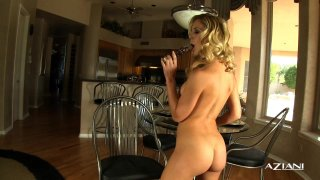 Streaming porn video still #9 from Gorgeous Women Up-Close and Personal 3
